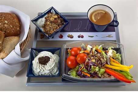El Al's New Airplane Breakfast