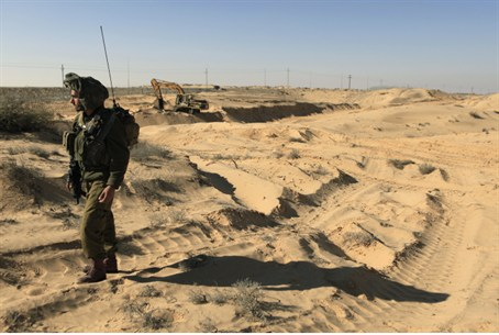 IDF at Sinai border