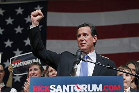 Santorum campaigns in the key state of Ohio