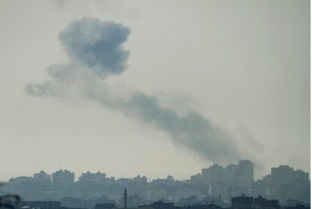 Gaza, seen from near Ashkelon after IDF hit