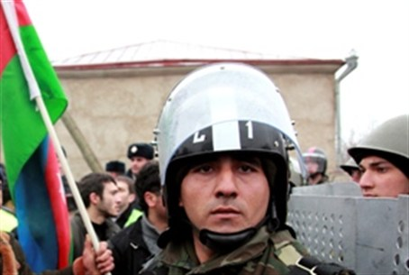 Azeri policeman at demonstration