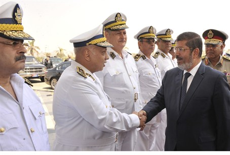 Egypt's president-elect Mursi with police gen