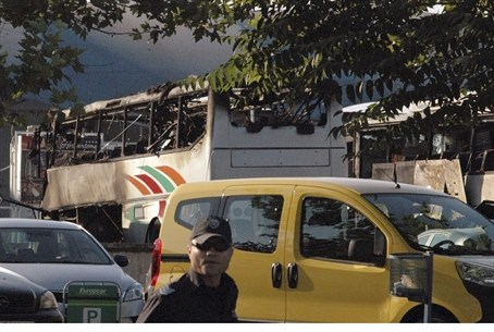 Burnt Israeli tour buses at Burgas airport
