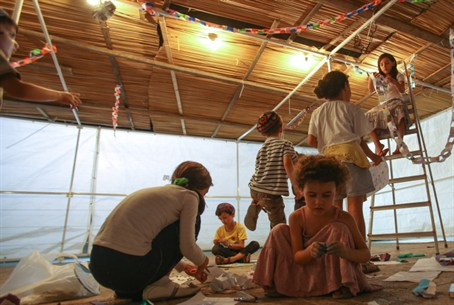 Decorating a Sukkah