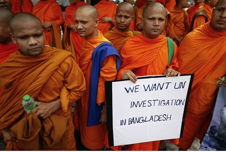 Buddhist monks protest against Muslim violenc