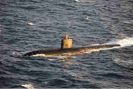The Los Angeles-class attack submarine USS M
