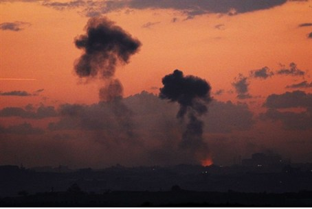 IAF strikes Gaza (archive)