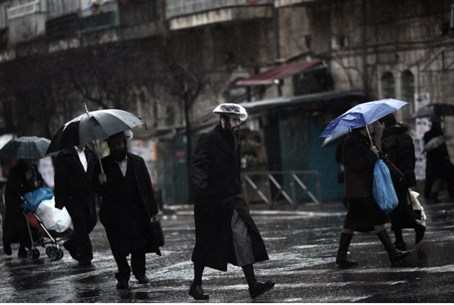 Rainy day in Mea Shearim, Jerusalem