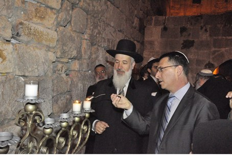 Rabbi Yona Metzger and Gideon Saar