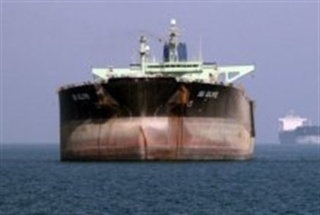 Oil tankers off the port of Bandar Abbas, sou