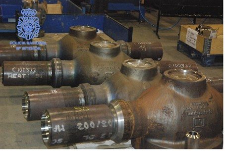 Seized highly corrosion-resistant valves in a