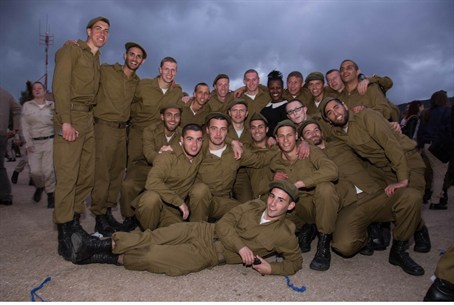 Some of the graduates of the IDF Hebrew cours