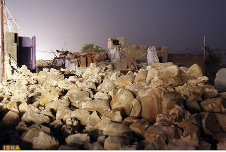 damage left by Iranian earthquake