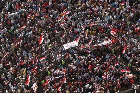 Anti-Morsi protesters in Tahrir square in Cai