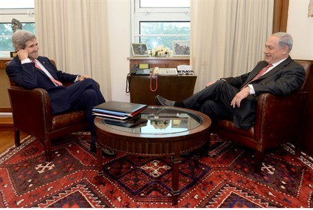 Kerry and Netanyahu meet, December 5th 2013