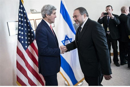 Liberman and Kerry (file)
