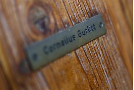 The name plate on the house of Cornelius Gurl