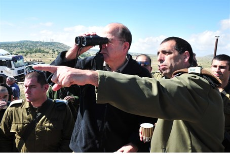 Yaalon during a visit to Israel's northern bo