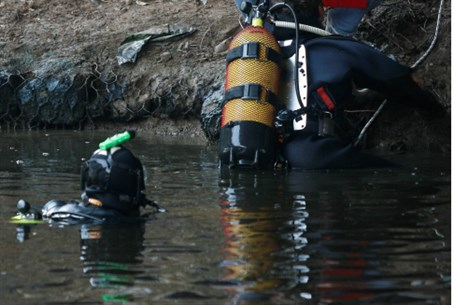 Rescue divers. (file)