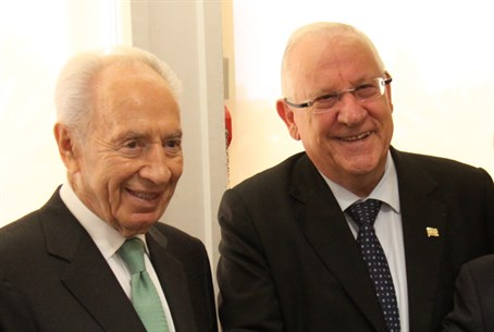 Peres and Rivlin (archive)
