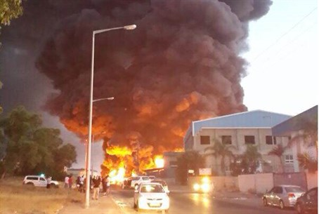 Sderot factory fire after rocket attack