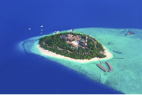 The Maldives: Sun, sea, and... Islamists?