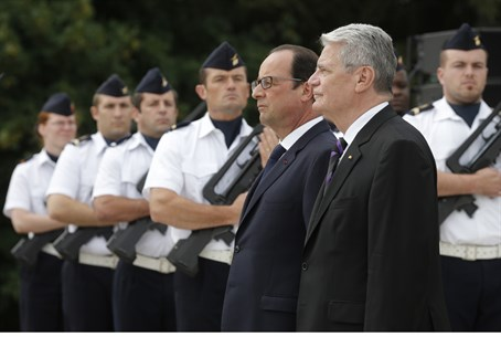 French, German presidents at ceremony marking