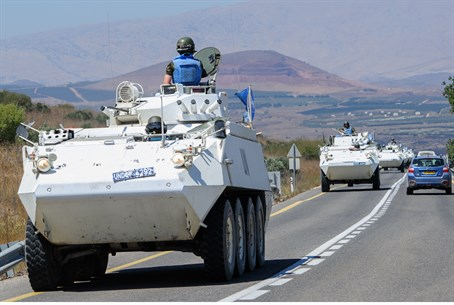 UN peacekeepers flee Golan Heights posts