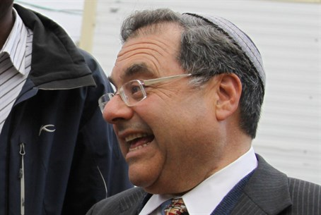 Rabbi Shlomo Riskin
