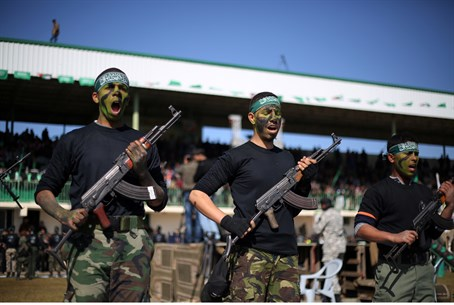 Palestinian youths attend Hamas training camp in Gaza