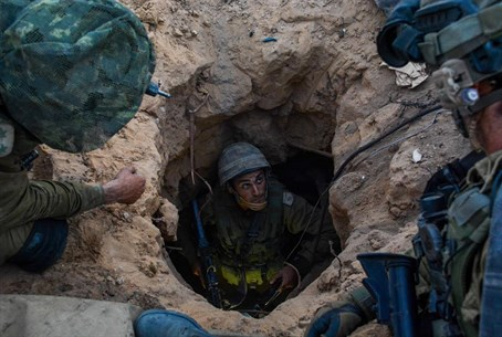 IDF soldiers in Hamas terror tunnel