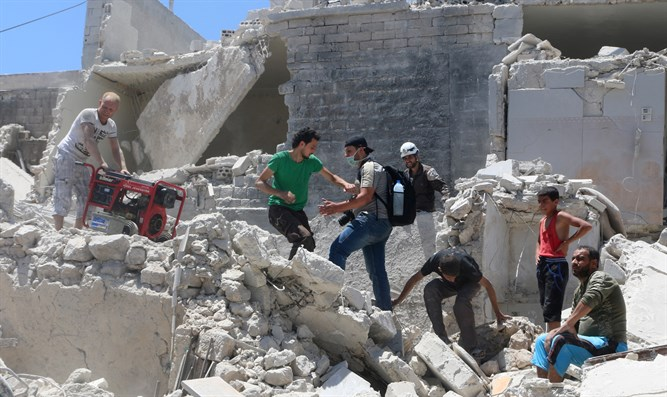 Site of regime bombing in Aleppo