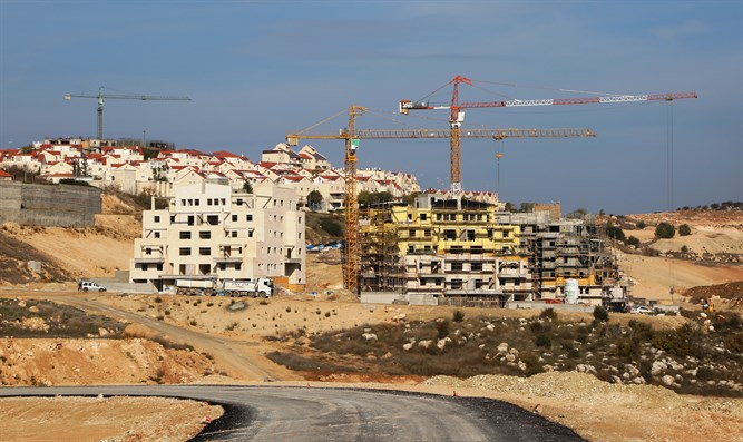 Construction in Beit Shemesh