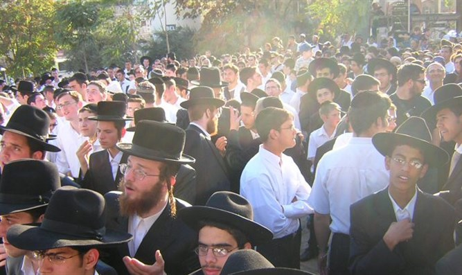 Haredim in Hevron