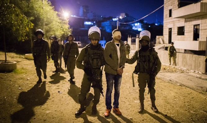IDF arrests suspect during overnight raid