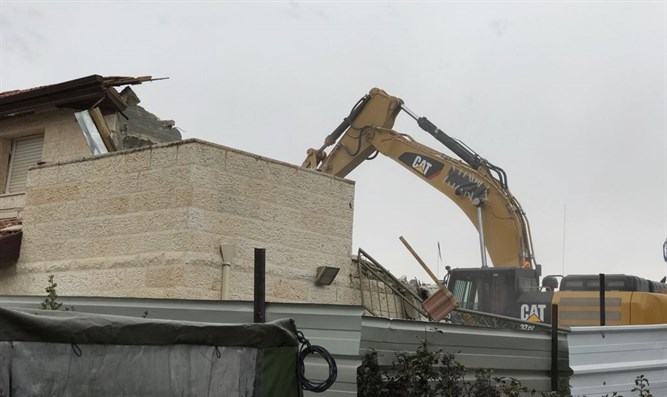 Demolition of Ofra homes
